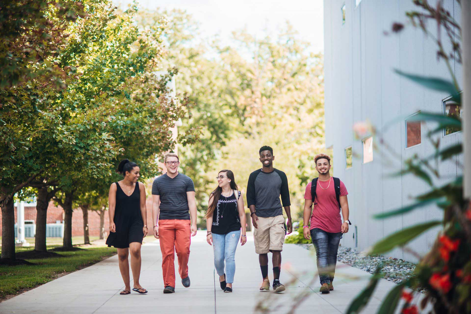 UVF students walking on campus